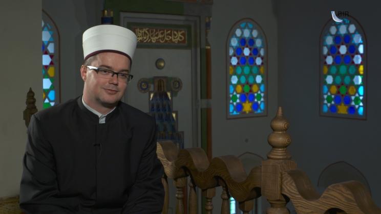 blusrcu.ba-VIDEO:Pred otvorenje Ferhadije: Intervju sa Muhedin ef. Spahićem