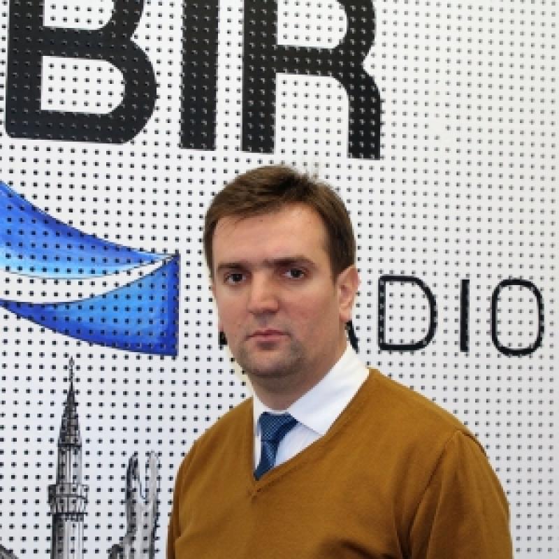 Ismet Bećar--glavni urednik